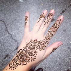 Our henna tattoo artists in CT are highly skilled and professional. Henna tattoos are a unique party idea.